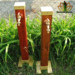 Modern kerti kút fából