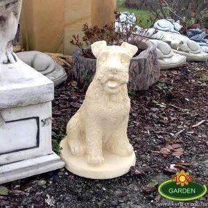 Snaucer kutya szobor