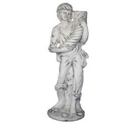 Fiú bőség szaruval szobor