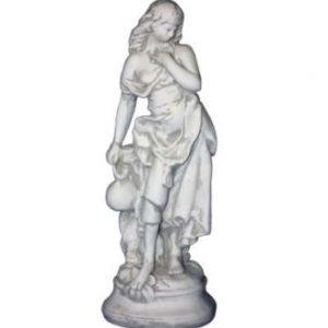 Kulacsos női szobor